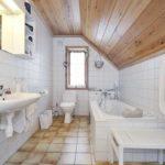 Эко-решение для мансардных ванных