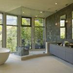 Тематика гор в интерьере ванной