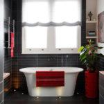 Игра контрастов в отделке ванной комнаты