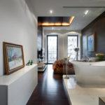 Лаконичная ванная в студии