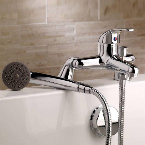 Кнопочный переключатель на душ