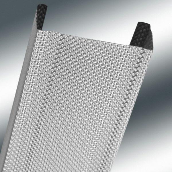 Профиль фирмы Gyproc имеет рифленую поверхность