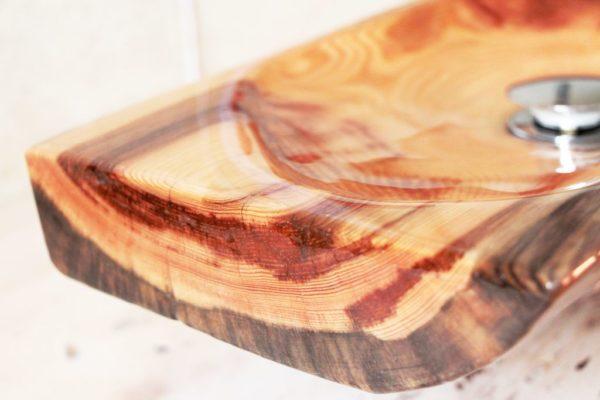 Раковина из цельного куска мореной лиственницы