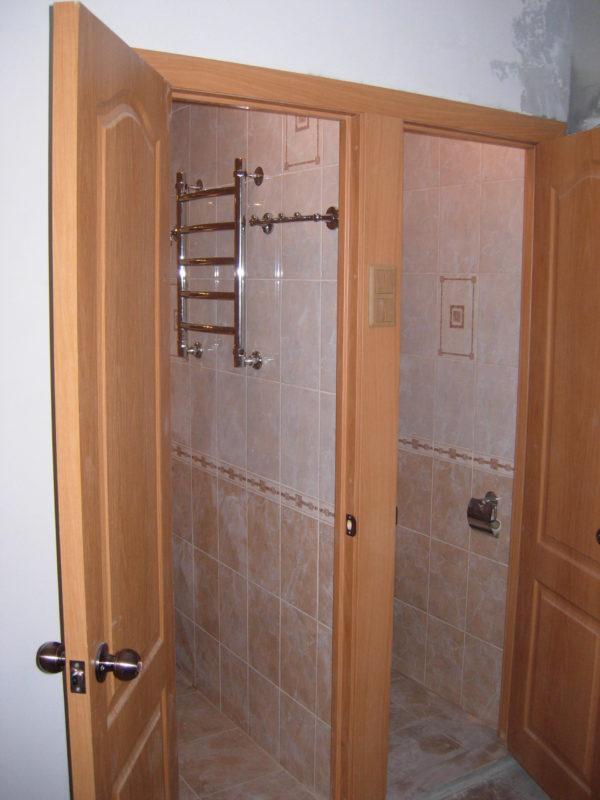 Двери из МДФ в санузле