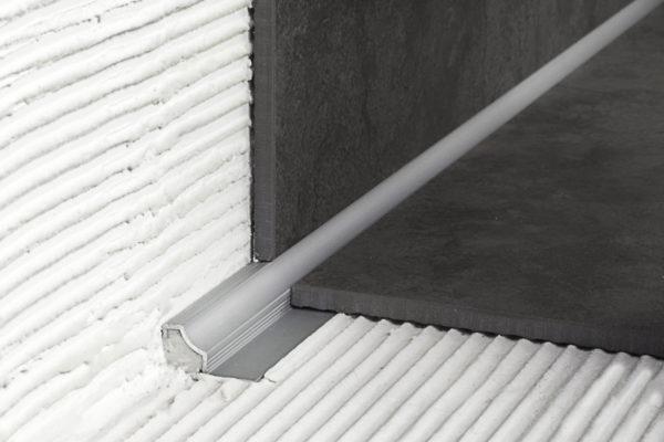 Закладной алюминиевый уголок