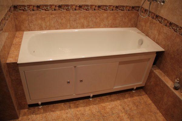 Примыкание экрана к полке в торце ванны