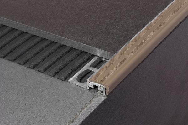 Профиль металлический для плитки двухсоставной