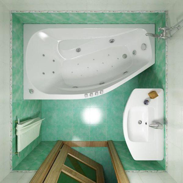 Ванна в размер стены