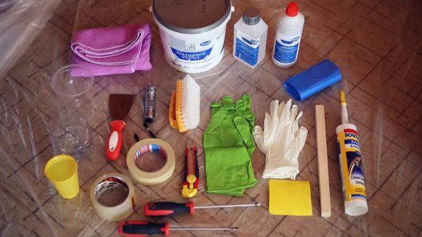 Набор материалов и инструментов для нанесения акрила