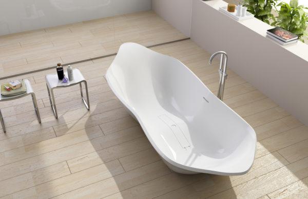 Акриловая ванна сложной геометрической формы