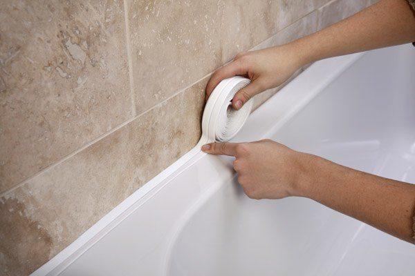 Герметизация стыка плитки и ванной