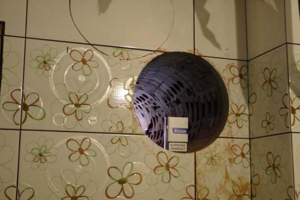 Размеры больших отверстий в плитке для санузла