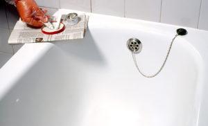 Как восстановить акриловую ванну от царапин