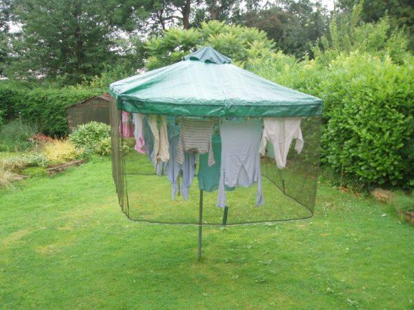 Зонт с москитной сеткой и тентом