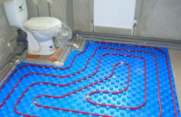 Разводка контуров водяного теплого пола в санузле