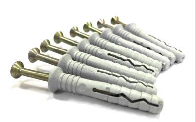 Стандартные дюбель гвозди идут в комплекте с сушилкой