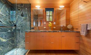 Отделка ванной комнаты вагонкой: за и против