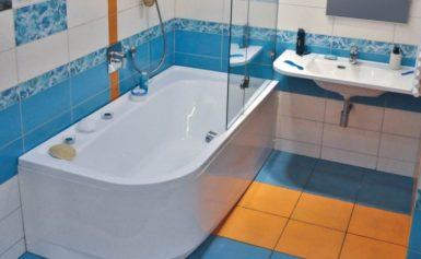 Как правильно наклеить уголок на ванну от протечки